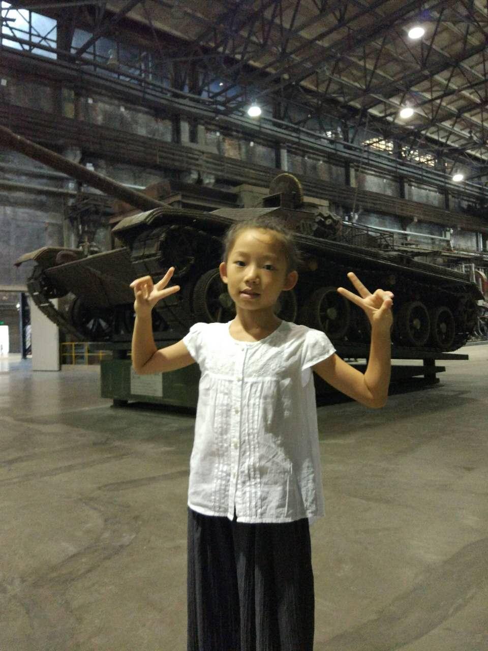 子弹壳制作的99式主战坦克模型